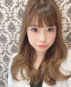 ホワイトニングバー専属歯科医師 岡本恵衣