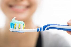 ホワイトニング後 歯磨き粉