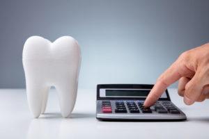 歯を綺麗にしたいときに必要な費用は?